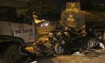 Xe container tông nát xe Camry ở cầu 'tử thần', 1 người chết