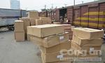 Hàng tấn hàng lậu chứa trong 9 toa tàu lửa cập ga Sóng Thần