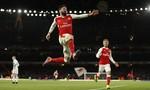 Giroud lập công giúp Arsenal thắng nhọc nhằn