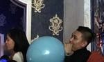 Hoa hậu Kỳ Duyên bị 'ném đá' vì hút thuốc và thổi bóng cười