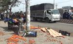 Va chạm xe tải, xe máy lôi tông cột điện, 1 người chết