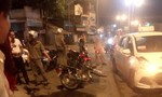 Xe máy chạy ngược chiều tông xe taxi, 1 người bị thương nặng