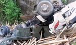 Xe tải lao xuống vực 200m, 4 người chết