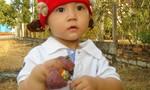 Xót thương bé gái xinh xắn mới 2 tuổi đã mắc vô vàn bệnh lạ
