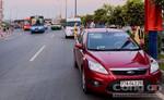 Xe buýt va chạm liên hoàn trên xa lộ Hà Nội, hàng chục sinh viên hốt hoảng.