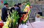 Chủ tịch nước dâng hương tưởng niệm liệt sĩ trong cuộc chiến bảo vệ biên giới phía Bắc