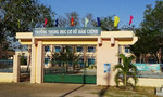 Trộm 'viếng' trường học đêm mùng 1 Tết, vét sạch tài sản
