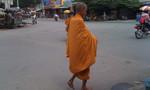 Mạo danh nhà sư khất thực khắp đường phố Biên Hòa