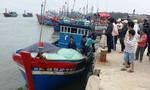 12 ngư dân gặp nạn trên vùng biển Hoàng Sa