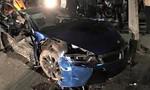 Xế hộp BMW i8 'tan nát' sau khi gây tai nạn