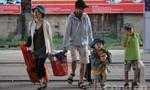 Những người cuối cùng ở ga Sài Gòn chiều cuối năm