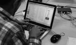 Tin tặc 'đánh rơi' 850 triệu USD vì viết... sai chính tả