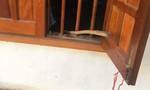 Dùng dao khống chế nữ sinh đang ngủ trong phòng cướp tài sản