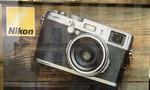 Nikon 'dính lỗi' quảng cáo khi dùng hình minh họa là máy ảnh của... Fujifilm