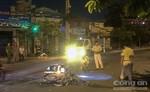 Hai xe máy tông nhau trong đêm, hai người nhập viện