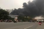 Nhà máy Viglacera Thăng Long cháy lớn