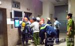 Thang máy bất ngờ kẹt cứng nhốt 15 người bên trong