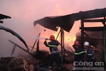 Cháy lớn tại xưởng gỗ trên QL1A