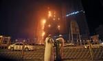 Lửa nhấn chìm tòa tháp chọc trời ở UAE