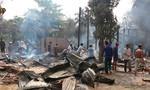Cháy lớn, ba căn nhà bị thiêu rụi