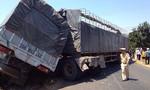 Hai xe tải tông nhau, 4 người thương vong
