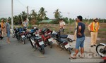 CSGT bao vây khu dân cư bắt gọn nhóm 'quái xế'