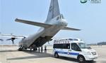 Trung Quốc ngang nhiên điều máy bay vận tải đến đá Chữ Thập
