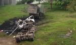 Xe tải tông gãy thành cầu Dã Viên, tài xế tử vong