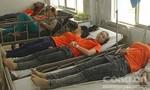 Hàng chục công nhân nhập viện vì ngộ độc thực phẩm