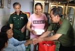 Lực lượng vũ trang Việt Nam một lòng hướng về những người có công với cách mạng