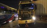 Xe container tông trực diện xe khách, nhiều người thoát chết
