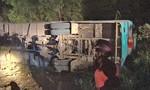 Long An: Xe chở công nhân lật khiến 19 người thương vong