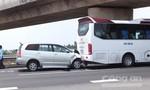Ba ô tô tông liên hoàn trên đường cao tốc TP.HCM - Trung Lương