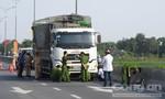 Xe tải tông chết một cụ ông đi xe đạp