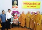 Bí thư Đinh La Thăng thăm, chúc mừng các vị chư tăng nhân Đại lễ Phật đản Phật lịch 2560