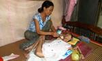 Nỗi đau thiếu nữ mắc bệnh lạ, nằm liệt giường suốt 26 năm