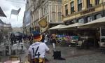 Bạo lực xảy ra trên đường phố giữa người hâm mộ Đức và Ukraina