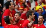 Tây Ban Nha 1-0 CH Séc: Người hùng Pique