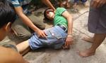 Người dân Sài Gòn hợp sức bắt nóng 2 tên trộm xe máy