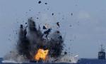 Tàu chiến Indonesia nổ súng bắn cảnh báo, bắt giữ một tàu cá Trung Quốc