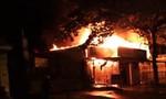 Đắk Lắk: Cháy lớn trong đêm thiêu trụi 2 căn nhà