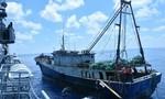 Tổng thống Indonesia đích thân kiểm tra tàu cá Trung Quốc bị bắt