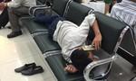 Hành động đáng xấu hổ của người đàn ông ở sân bay