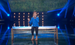 'Cậu bé dân ca' Hồ Văn Cường gặp sự cố khi hát 'Sa mưa giông'