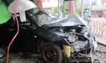 Hiện trường vụ tên trộm xe 'ngáo đá' tông thẳng ôtô vào quán cà phê