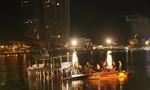 Lật tàu du dịch trên sông Hàn, hàng chục người rơi xuống sông