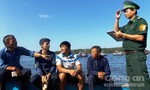 Đưa 5 ngư dân bị tàu Trung Quốc đâm chìm ở Hoàng Sa vào bờ an toàn