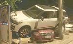 Xe sang Range Rover 'bay' lên nóc 2 ô tô con sau tai nạn liên hoàn