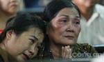 Mẹ và chị Vũ Văn Tiến khóc ngất khi toà tuyên y án tử hình