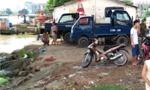Nam thanh niên lao thẳng xe máy xuống sông tự tử